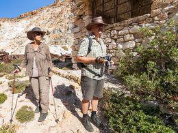 Angelika & Thomas an den alten Bergwerkshäusern. (c) Tobias Schorr