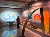 In diesem Raum wird die Entstehung der Erde und ihres Aufbaus erklärt