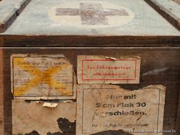 Munitionskasten, in dem Leuchtspurmunition enthalten war.