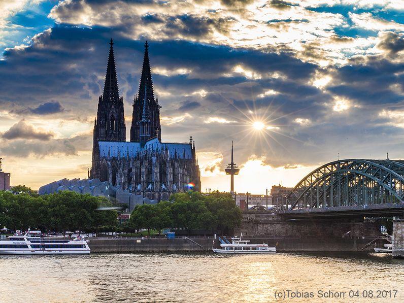 Der Kölner Dom ist das Wahrzeichen von Köln. (c) Tobias Schorr