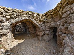 Die Gewölbe im ehm. Kloster Agios Joannis. Nymphios/Insel Nisyros (c) Tobias Schorr