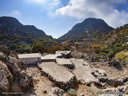 Das kleine, verlassene Kloster Agios Joannis im Nymphios-Tal. (c) Tobias Schorr