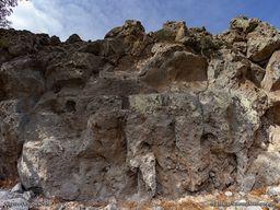 Reste eines antiken Gebäudes auf der Nymphios-Hochebene. (c) Tobias Schorr 2018