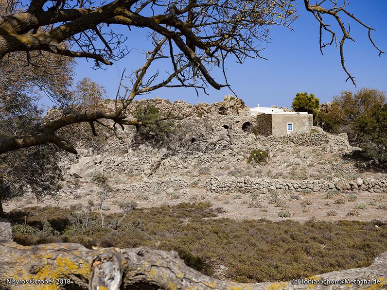 Das ehemalige Kloster Agios Joannis, befindet sich an einer Stelle, an der es in der minoischen Zeit vielleicht ein Heilgtum gab, in dem Opferrituale stattfanden(?). (c) Tobias Schorr 2018