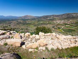 Blick auf die Kyklopenmauer von Midea. (c) Tobias Schorr