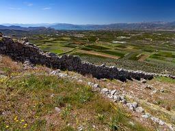 Die westliche Schutzmauer der Festung Midea. (c) Tobias Schorr