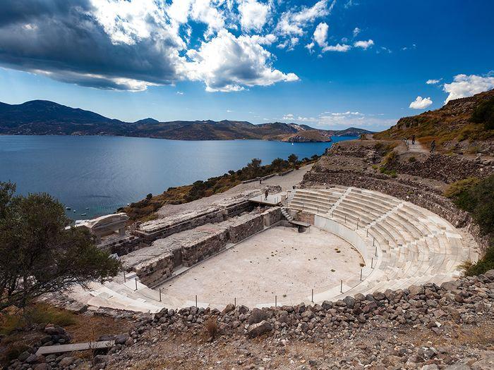 Das antike Theater von Milos (c) Tobias Schorr