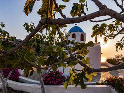 Die Kapelle Panagia Kalamiotissa beim Sonnenuntergang. (c) Tobias Schorr