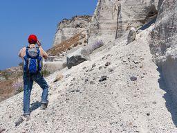 Gast an der berühmten Bimswand im Steinbruch Akrotiri. (c) Tobias Schorr