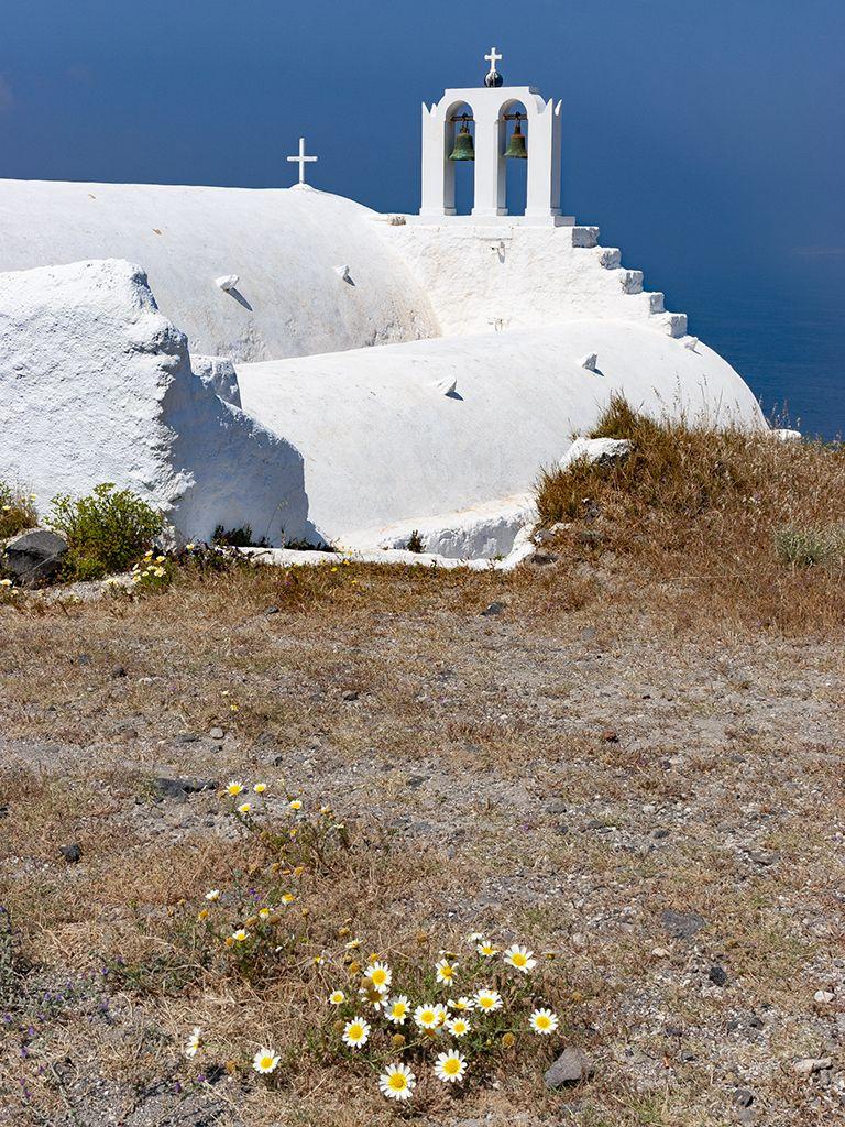 Die Taxiarches-Kapelle im alten Steinbruch von Akrotiri. (c) Tobias Schorr