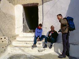 Die Familie Reimers am Eingang zum Venezianischen Kastells von Akrotiri. (c) Tobias Schorr