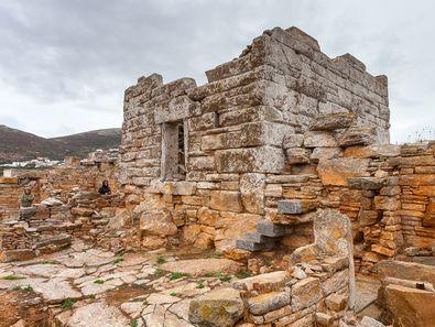 Der antike Turm bei Agia Triada