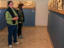 Margaret Sommer im Museum der antiken Agorá in Athen. (c) Tobias Schorr