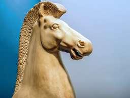 Antike Pferdeskulptur. (c) Tobias Schorr