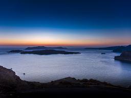 Abendstimmung über der Kaldera von Santorin. (c) Tobias Schorr