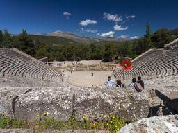 Das große, berühmte Theater von Epidaurus. (c) Tobias Schorr