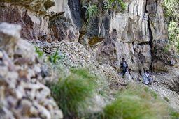 Die Opale befinden sich in einer dieser ehemaligen Lava-Schichten. (c) Tobias Schorr