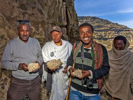 Ethiopian friends at the opal mine near Woldya