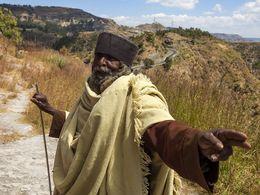 Ein Mönch in den Bergen Äthiopiens