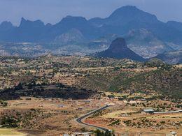Die Vulkanlandschaft um Axum