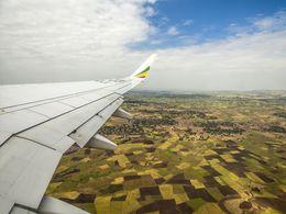 Flug über das fruchtbare Land