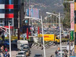 Typische Großstatdszene in Addis Abeba