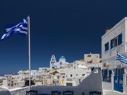 Pyrgos ist ein burgähnliches Dorf mit wunderschönen Gassen und Kapellen. An jeder Ecke lauern Fotomotive! (c) Tobias Schorr, April 2017