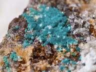 Rosasit-Kristallbüschel aus Athinios