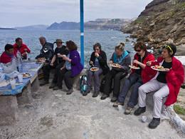 Die Gruppe österreichischer Mineraliensammler in der Plaka-Bucht. (c) Tobias Schorr, März 2012
