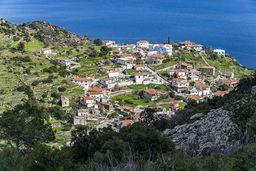 Das Dorf Kypseli an der Ostküste Methanas. (c) Tobias Schorr