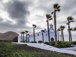 Kirche beim Dorf Ye auf der kanarischen Insel Lanzarote (c) Tobias Schorr