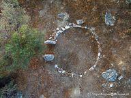 Αεροφωτογραφία του κυκλικού ιερού ή θολωτού τάφου. (C) Tobias Schorr