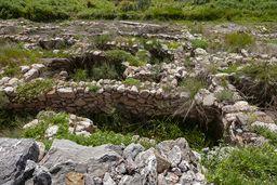 Wurde die Siedlung durch die Tsunamis der Vulkaneruption von Santorin im Jahr 1627 v.Chr. zerstört? (c) Tobias Schorr