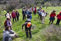 Kleine Pause mit dem griechischen Wanderverein aus Patras. (c) Tobias Schorr