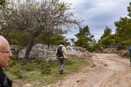 In 2009 begann die Gemeinde, eine Strasse durch die Berge zu bauen. (c) Tobias Schorr