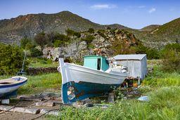 Die kleine Werft vor der antiken Akropolis von Vathy. (c) Tobias Schorr