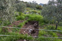 Eine kleine Ausgrabung in der Umgebung von Megalochori. (c) Tobias Schorr