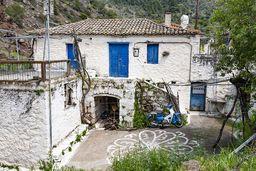 Eines der Bauernhäuser in Kameni Chora. (c) Tobias Schorr