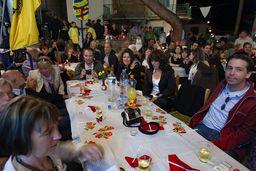 Meine Freunde feierten mit den Methanern. Es war eines der schönsten Osterfeste, die ich auf Methana erlebte. (c) Tobias Schorr