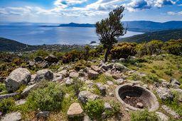 Die antike Weinpresse am Panteleimonas-Pass. (c) Tobias Schorr