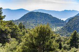 Blick nach Westen auf die Ostküste der Peloponnes. (c) Tobias Schorr