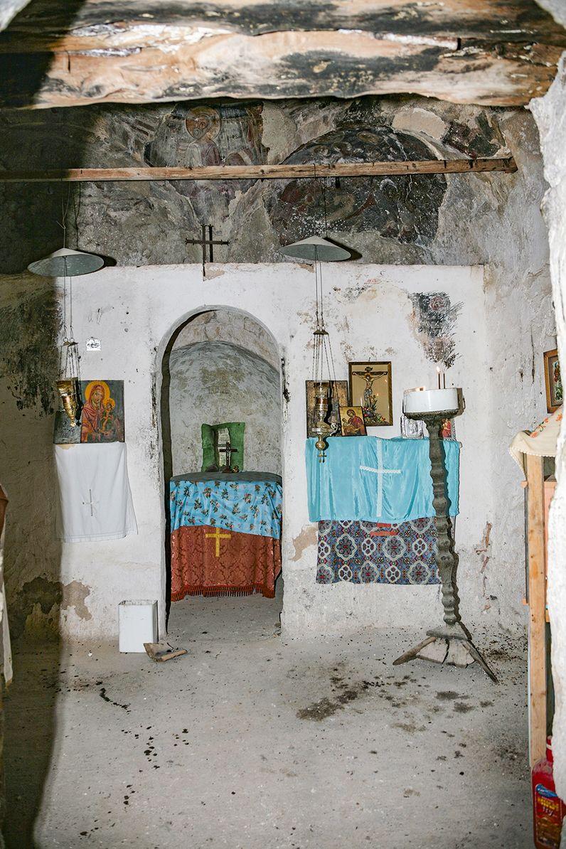 Blick in das Allerheiligste der Kapelle Panagitsa auf Methana. (c) Tobias Schorr