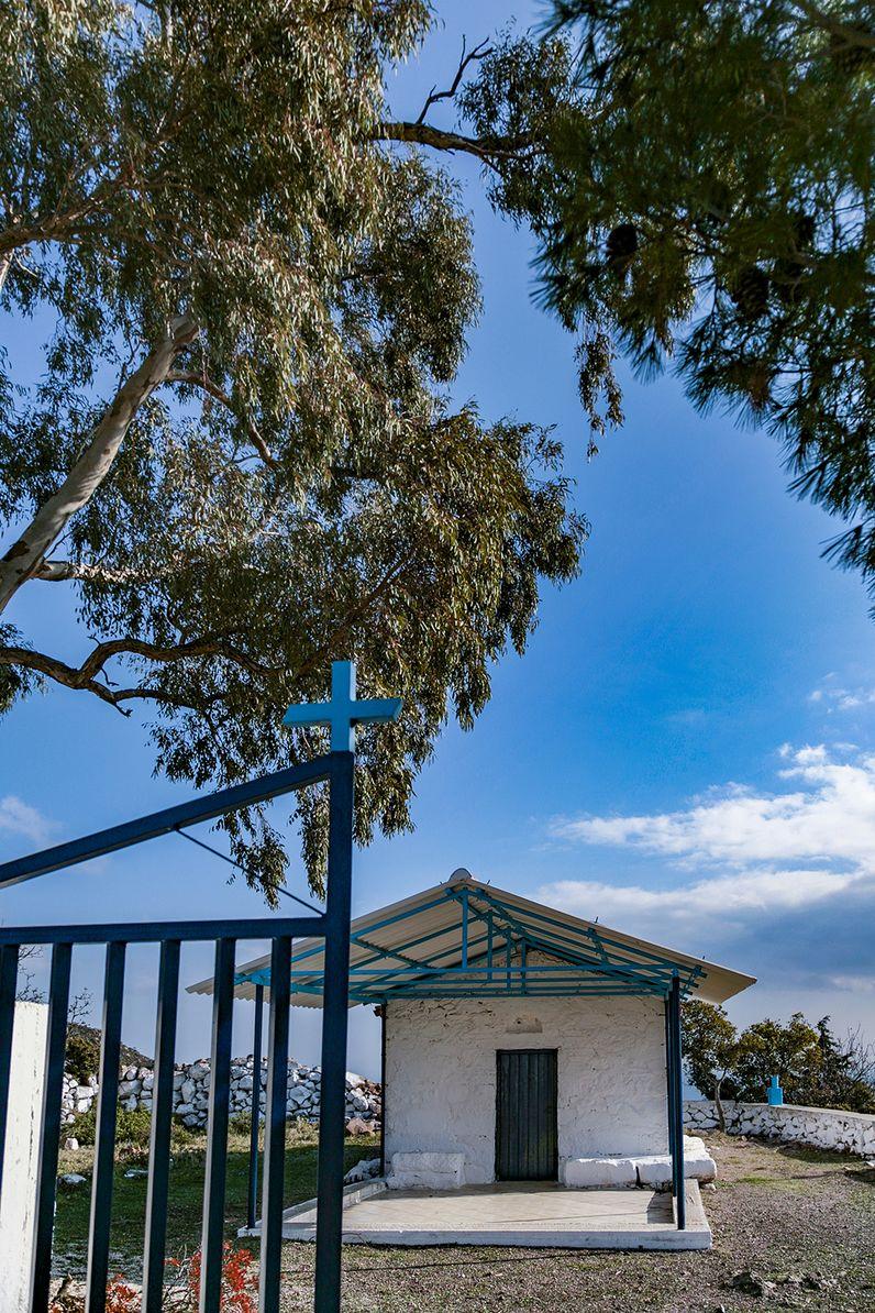 Die Kapelle Agios Panteleimonas oberhalb von Methana. (c) Tobias Schorr