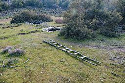 Auf der Loutesa-Hochebene gibt es uralte Zisternen, die bis heute von den Ziegenhirten genutzt werden. (c) Tobias Schorr