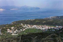 Blick auf das Dorf Kounoupitsa. (c) Tobias Schorr