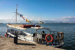 Taxiboot zur Insel Bourtzi in Nauplion. (c) Tobias Schorr
