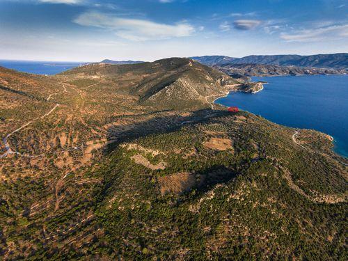 Luftbild der Region, in der das Baugrundstück liegt. (c) Tobias Schorr