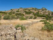 Der Besuch der antiken Akropolis Oga war einer der Höhepunkte der Reise. Hier konnten wir sehen, wie es aussieht, bevor Archäologen Grabungen machen.