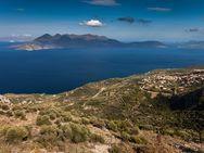 Blick auf den Saronischen Golf und die Vulkanhalbinsel Methana