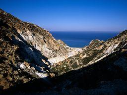 Das Tal des Schwefelbergwerks auf Milos. (c) Tobias Schorr